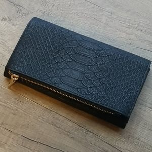 EUC A New Day Wallet